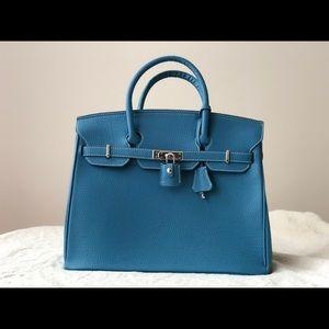 Handbags - Blue Tote Birkin 18 inch NWOT